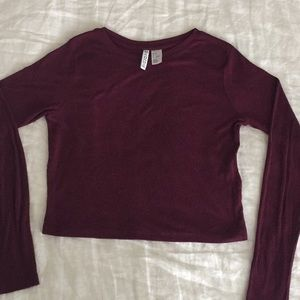 Cropped burgundy ribbed long sleeve top from H&M